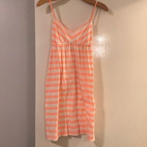 Small striped coral and white  small woman's